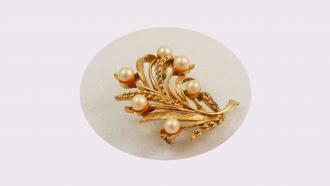 სად ვიყიდო ოქრო, ოქროს ბირჟა, ოქროს ბირჟა დაიკეტა, ოქროს ფასები, როგორ ვიყიდო ოქრო, ოქროს ნივთები, ოქროს ყელსაბამი, ოქროს საყურე, ოქროს ბეჭედი, საქორწინო ბეჭედი, ნიშნობის ბეჭედი, ოქროულობა, ძვირფასეულობა, როგორ ვიყიდო ოქრო.